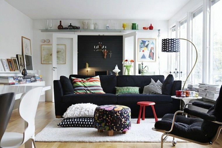 Deco scandinave avec canape noir