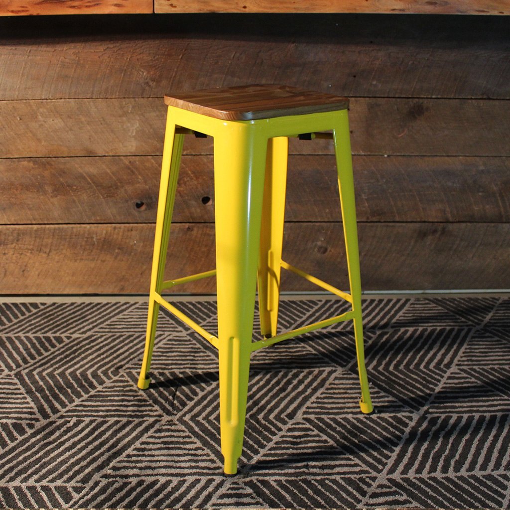 Tabouret de bar jaune en metal