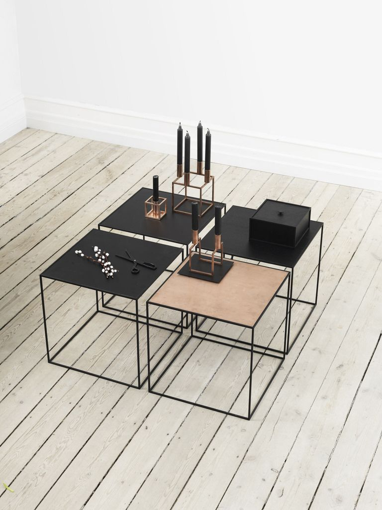 Table a cafe scandinave