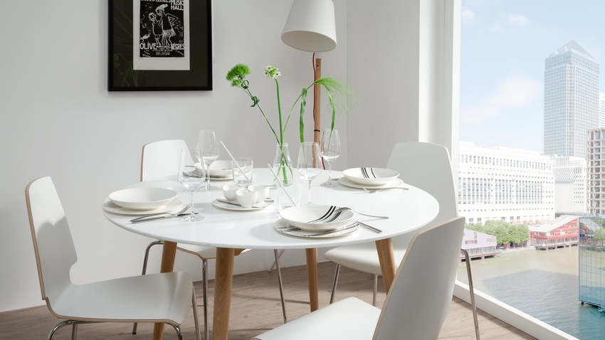 Table ronde extensible type scandinave