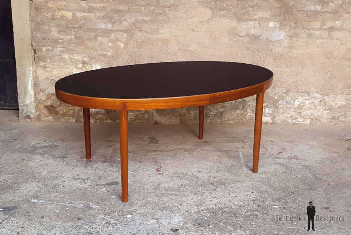 Table scandinave ovale à rallonge