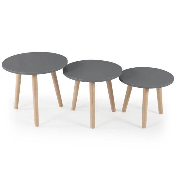 Table en bois et chaises scandinave