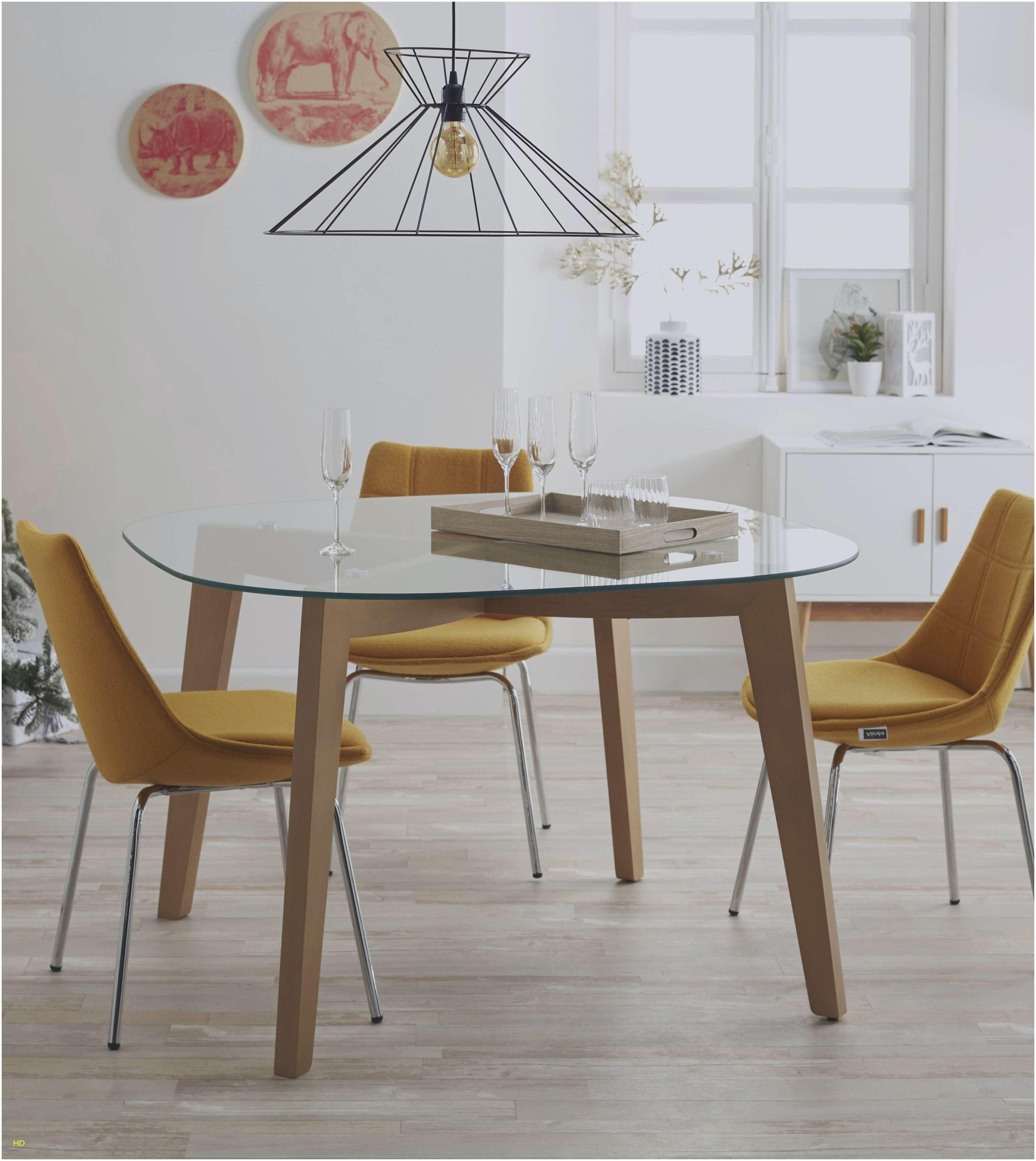 Ensemble table et chaises scandinave pas cher