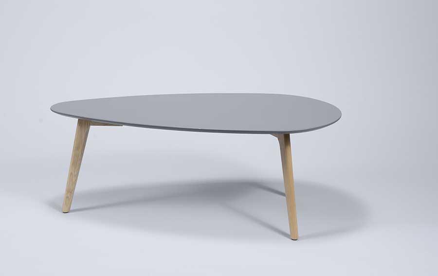 Table de style scandinave