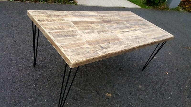 Table basse bois de coffrage