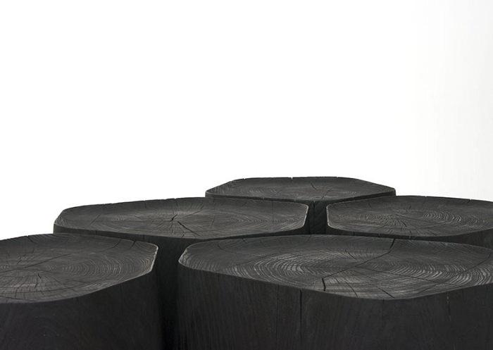 Table basse en bois brulé