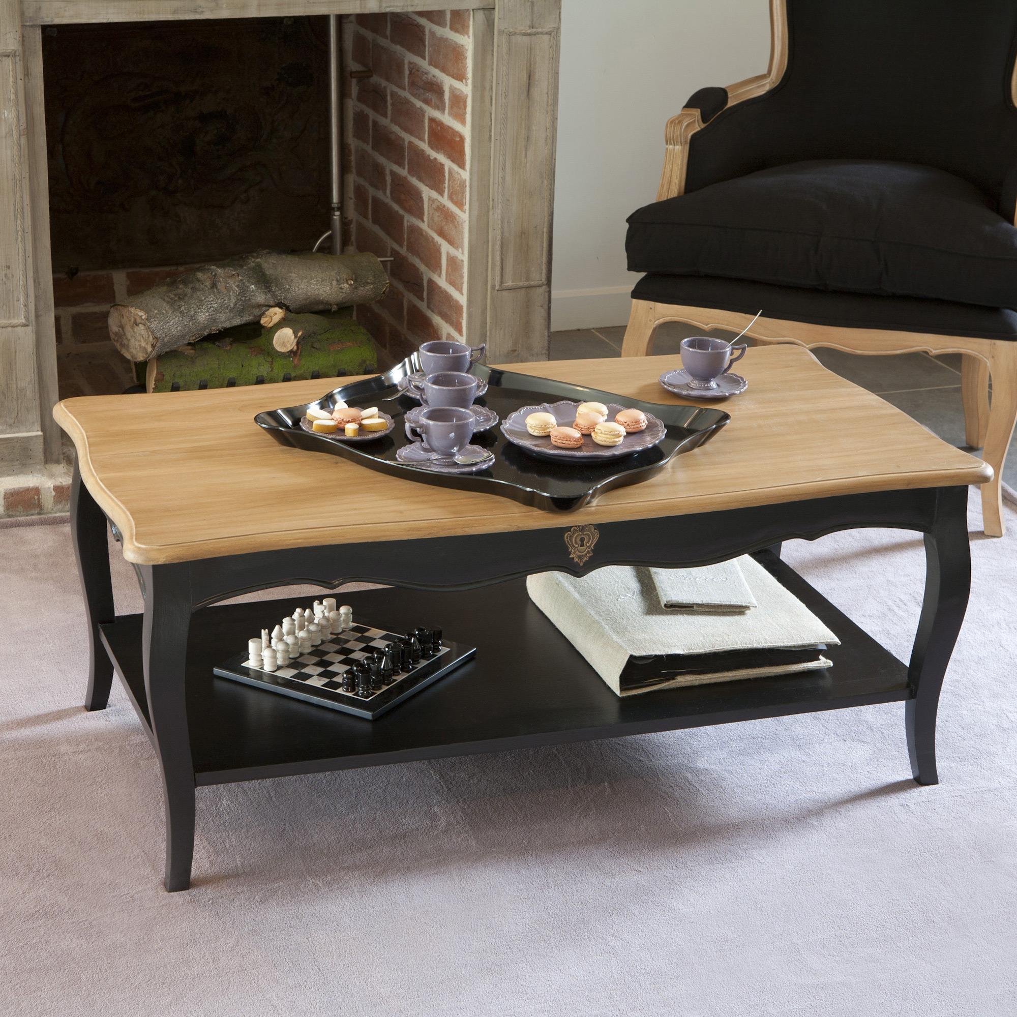 Table basse bois et pieds noirs