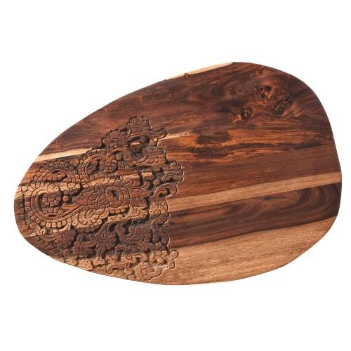 Table basse en bois sculpté