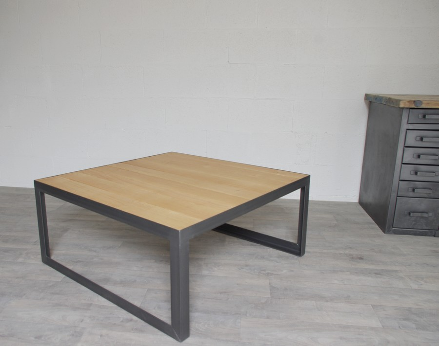 Table basse facon industrielle