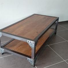 Table basse fer industriel