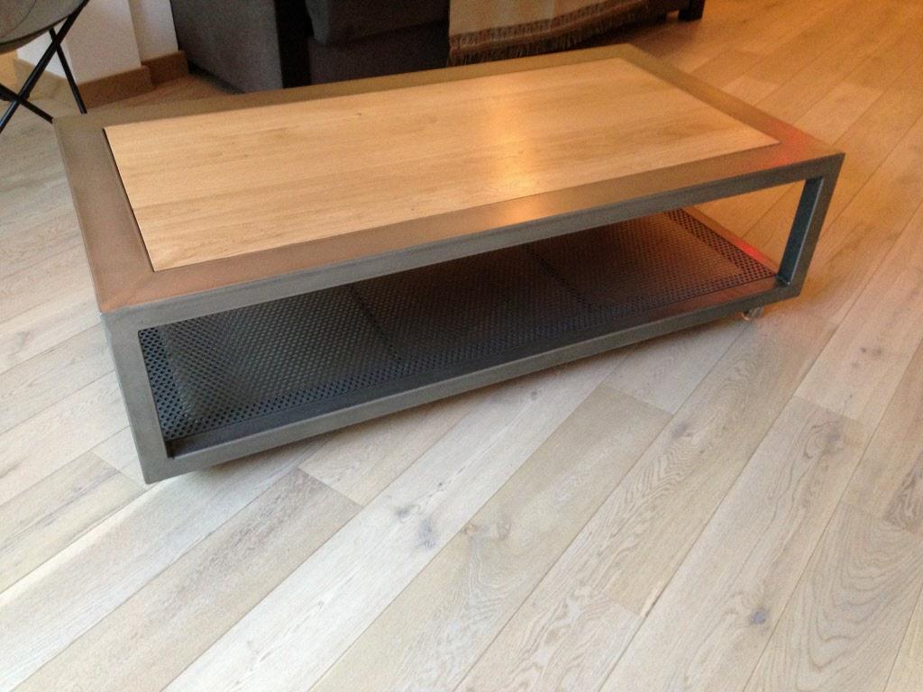 Table basse salon bois et acier