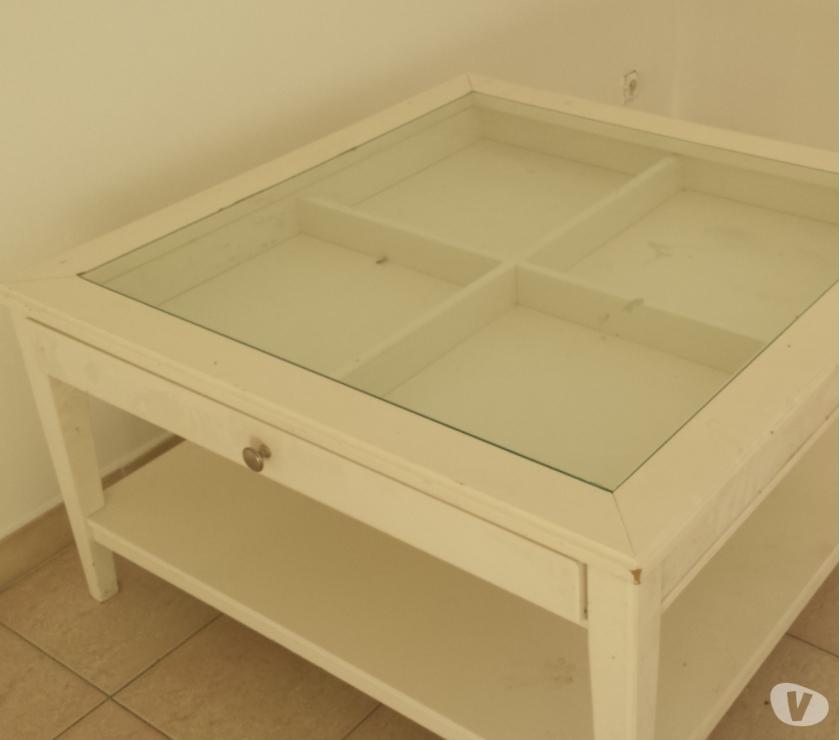 Table basse ikea blanche vitrée