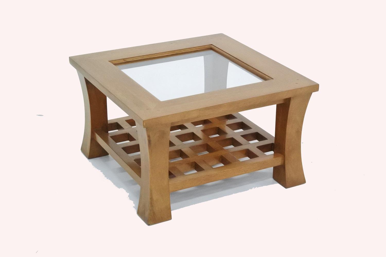 Table basse avec plateau en bois
