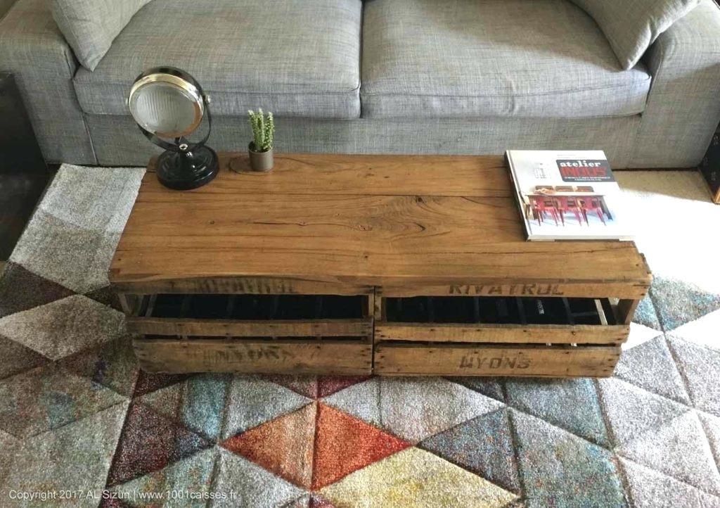 Table basse avec caisse bois