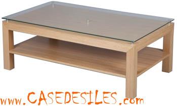 Table basse en bois plateau verre