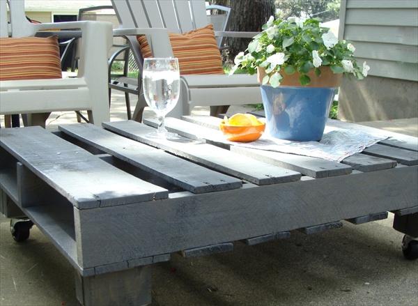 Table basse de jardin en palette