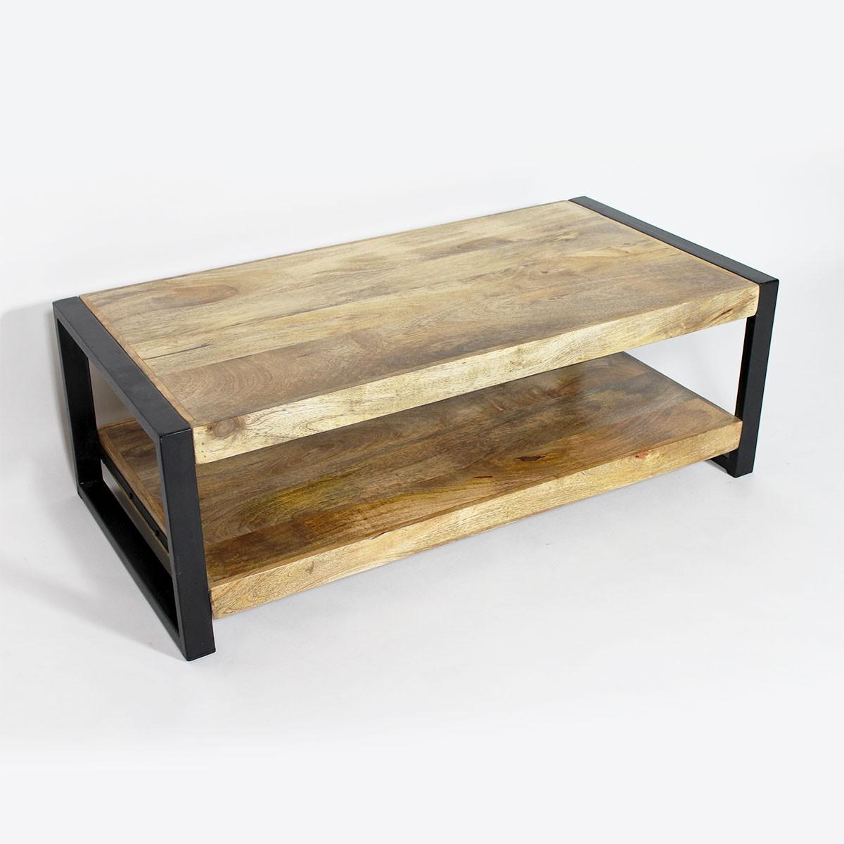 Table basse en bois avec tabouret