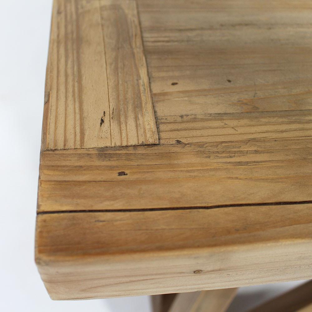 Table basse en bois massif brut