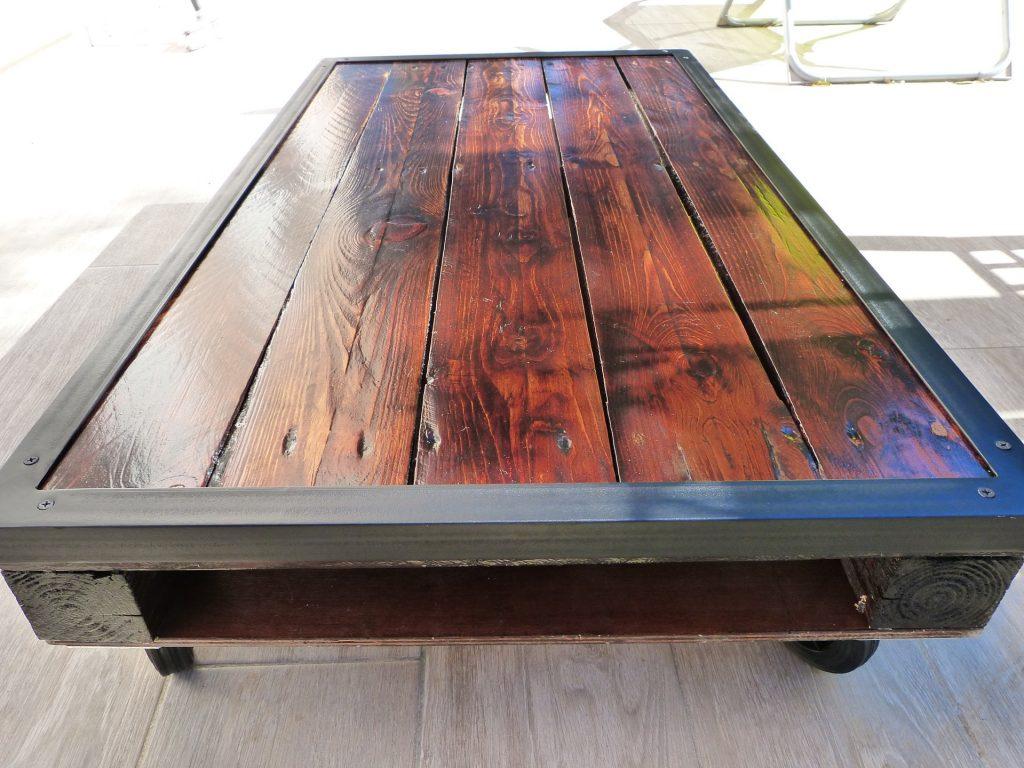 fabriquer une table basse en fer et bois. Black Bedroom Furniture Sets. Home Design Ideas