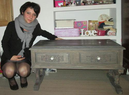 Restaurer une table basse bois